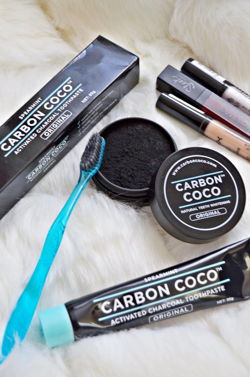 #Albirea dinților acasă !!  Carbon Coco      --Experience--